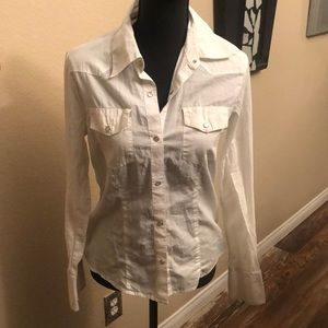 White snap button top